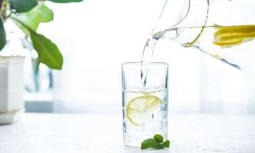 CityGames Frankfurt: aromatisiertes Tafelwasser steht vor und nach der Schüler-Tour bereit